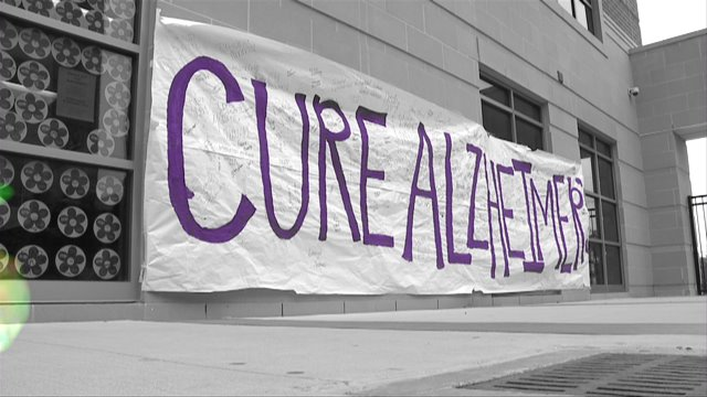 Klein HS shows support for Alzheimer's Awareness