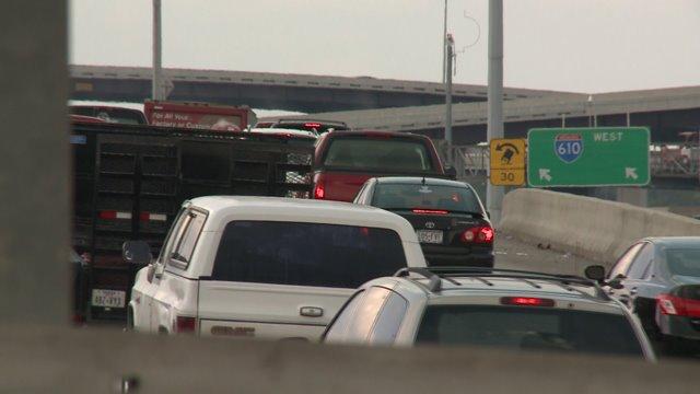 TxDOT gives $25 million for dedicated bus lane on 610