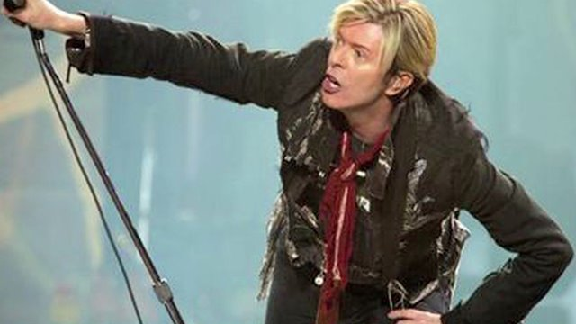 July 9: David Bowie cancels concert due to heart surgery