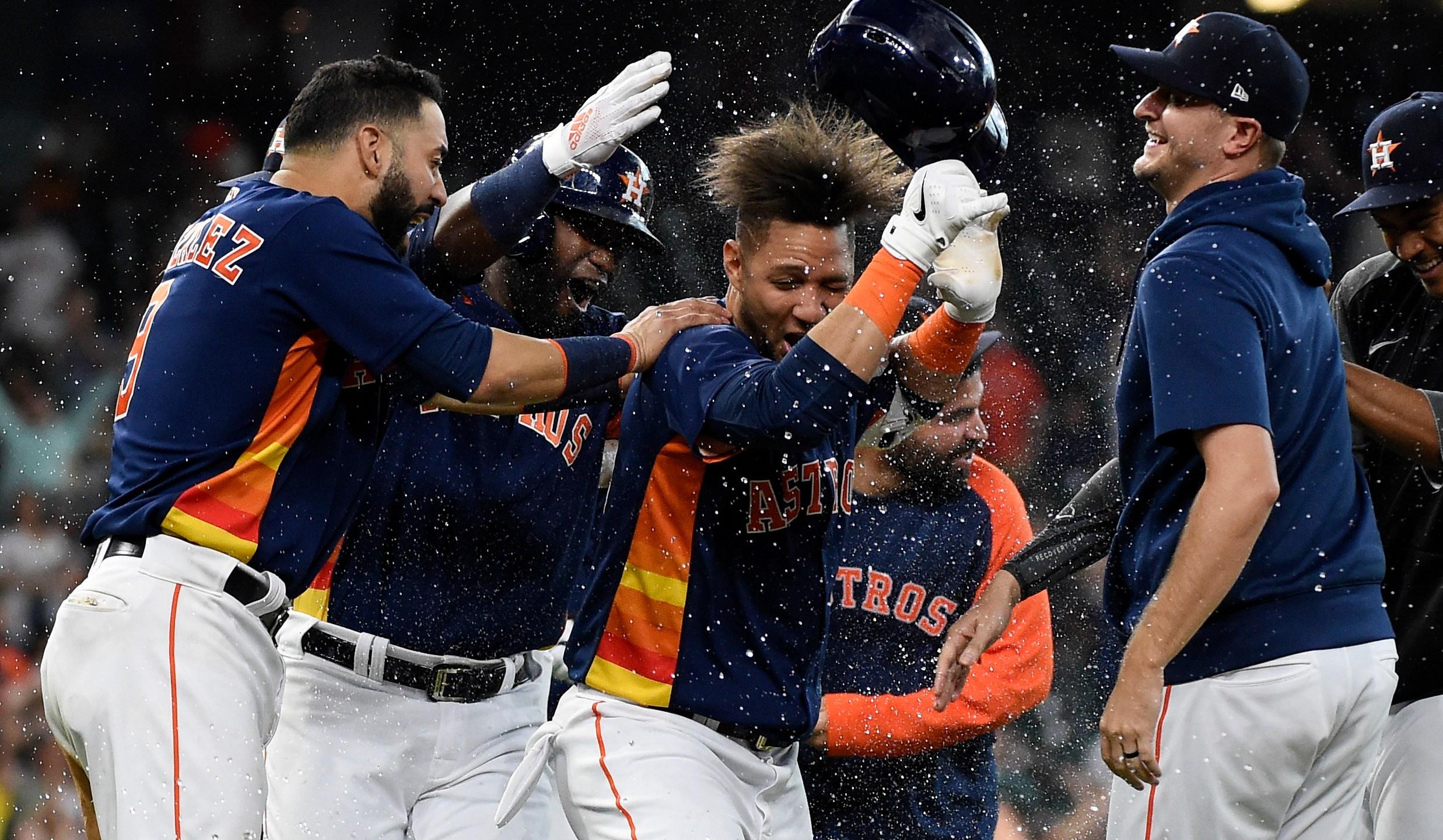 Astros celebrate win